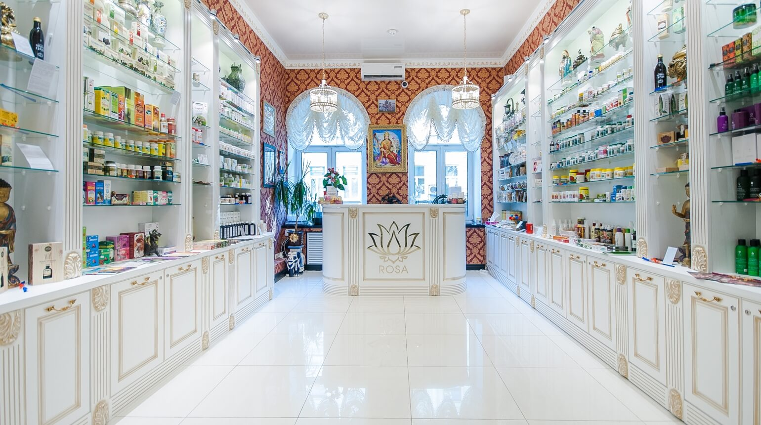 rosa-boutique-store-inside-panorama_1